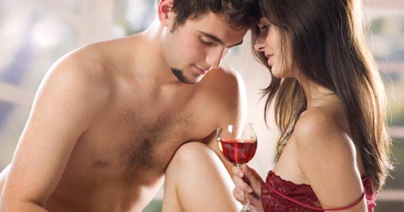 La vida sexual de los más jóvenes mejora con vino tinto