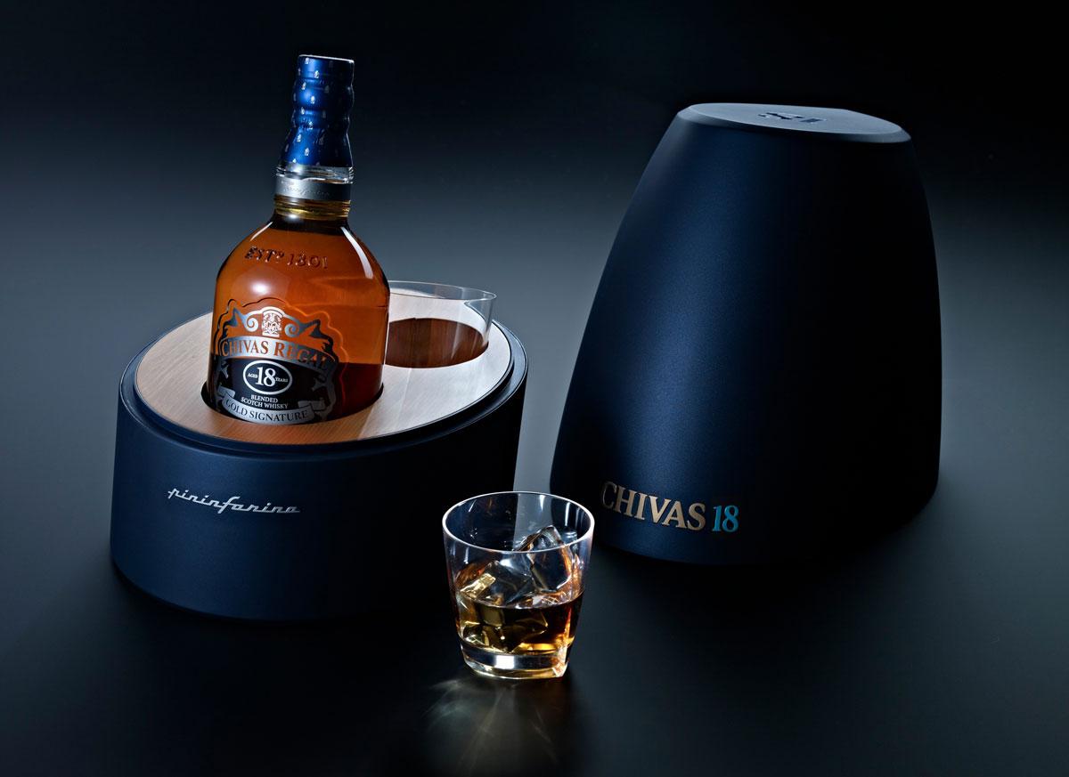 Chivas Regal 18, reconocido como mejor Blended Scotch Whisky