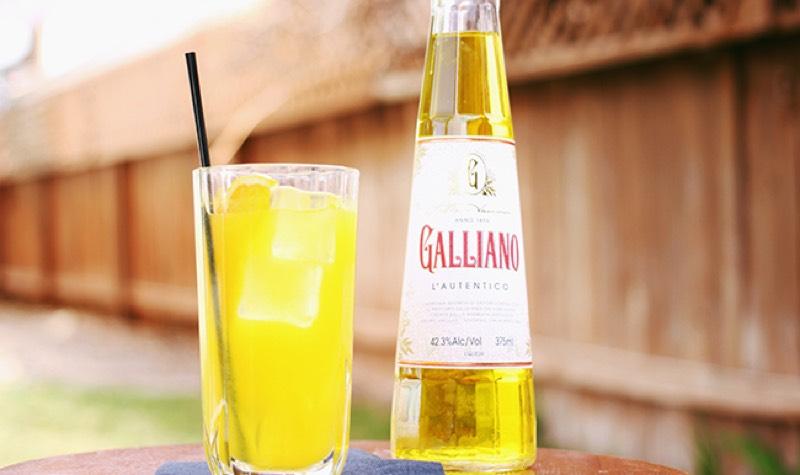 Galliano, elegante licor de la fiebre del oro