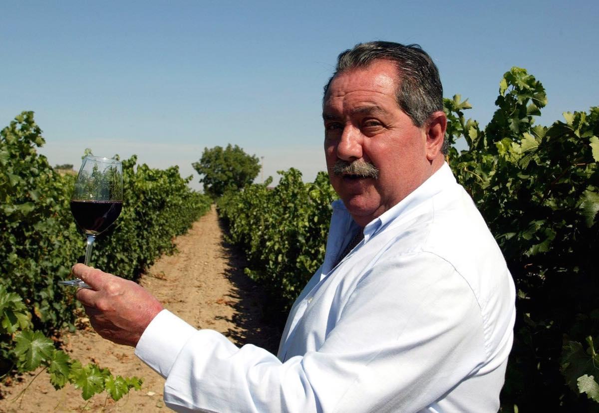 Fallece Pascual Herrera, impulsor del vino en Castilla y León