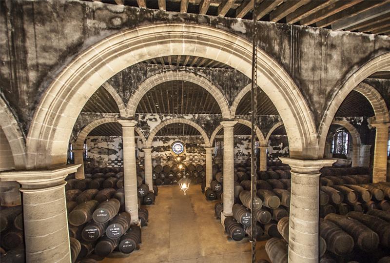 Lustau, bodega de Jerez con más vinos puntuados en la última edición de Wine Advocate