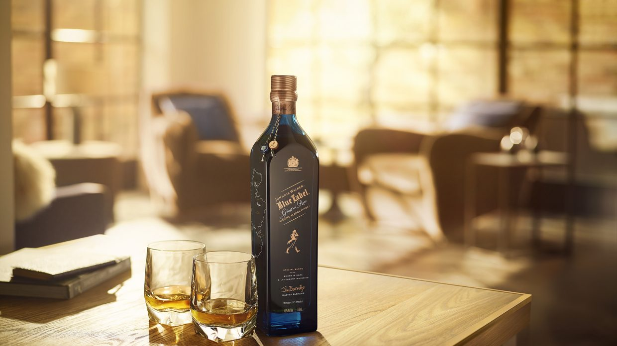 Johnnie Walker estrena Blue Label Ghost y Rare, mezcla de whisky de destilerías cerradas