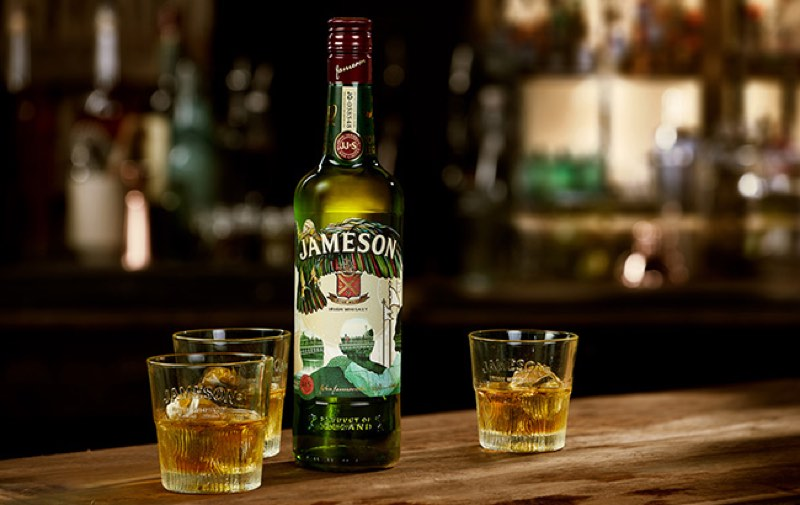 Jameson presenta el diseño de la botella del Día de San Patricio para 2018