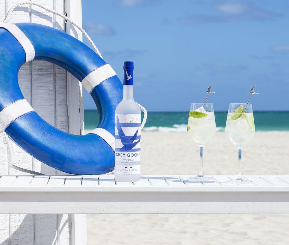 Grey Goose presenta su particular interpretación de la Riviera Francesa con un nuevo packaging