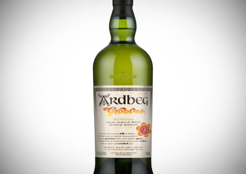 Ardbeg celebra 'Peat & Love' con Ardbeg Grooves, el primer whisky en barrica de vino