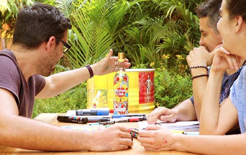 Havana Club se une a artistas cubanos para crear una nueva botella