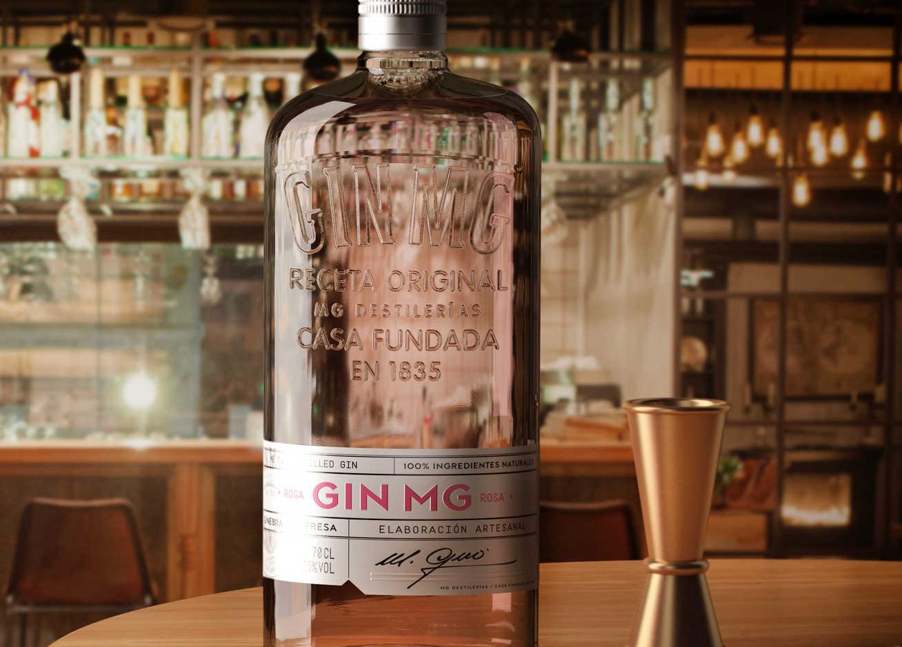 Destilerías MG lanza 'Gin MG Rosa', su propia gin rosa