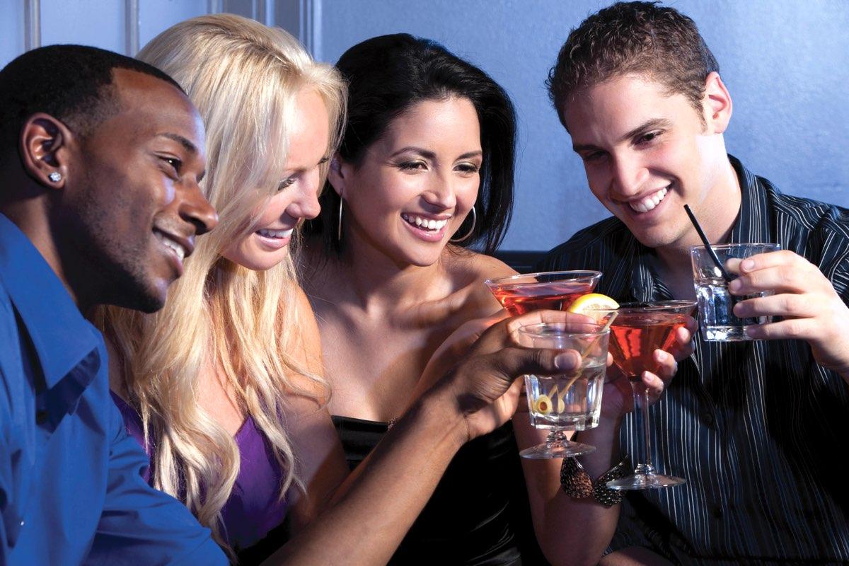 La industria de bebidas alcohólicas europea se vuelve más transparente con el consumidor