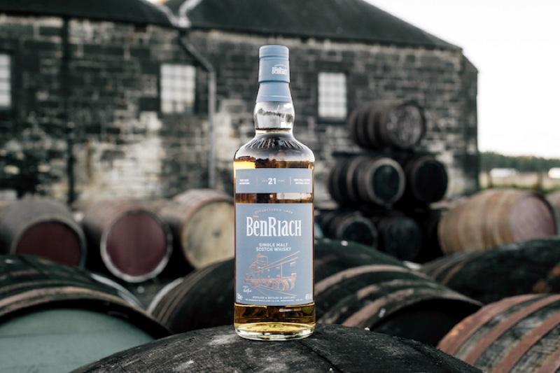 BenRiach lanza un whisky de 21 años envejecido en cuatro barriles