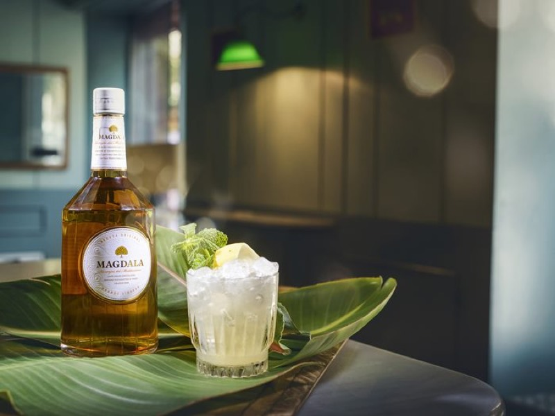Nace Magdala, el licor de naranja elaborado con brandy Torres que condensa la esencia del Mediterráneo