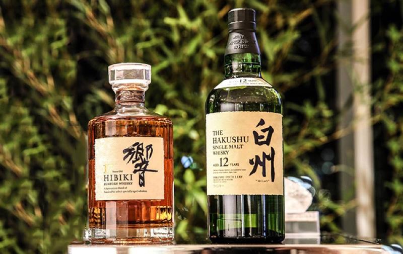 Suntory dejará de vender sus whiskies japoneses Hibiki 17 y Hakushu 12