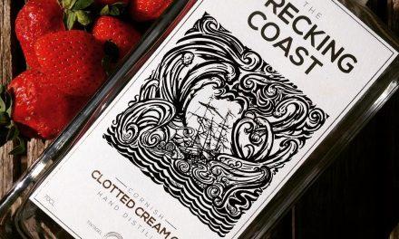 Wrecking Coast Distillery lanza su nueva ginebra naval