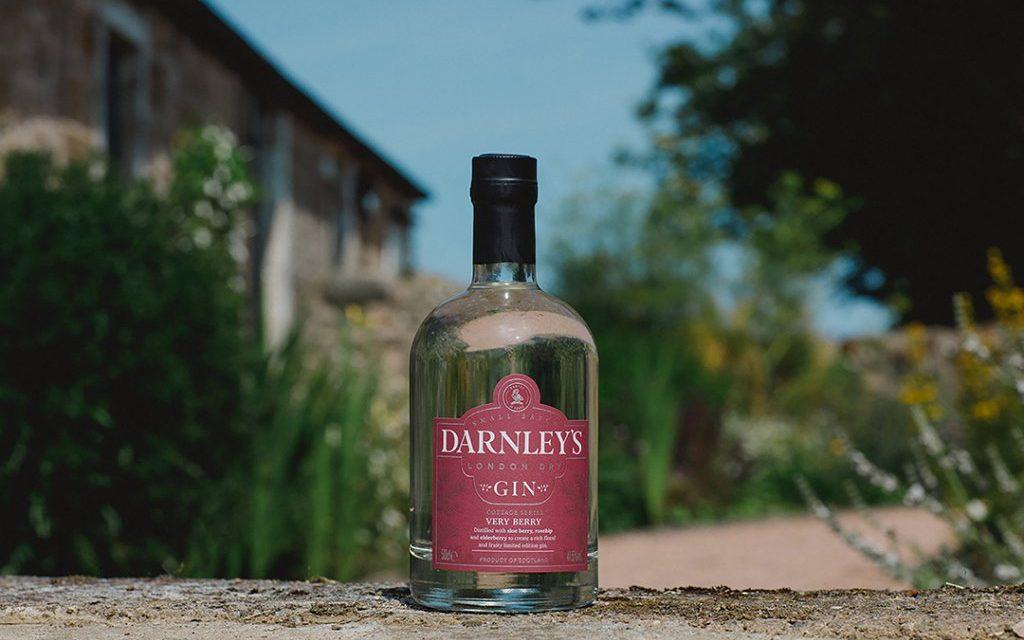 Darnley's Gin presenta la nueva serie Cottage