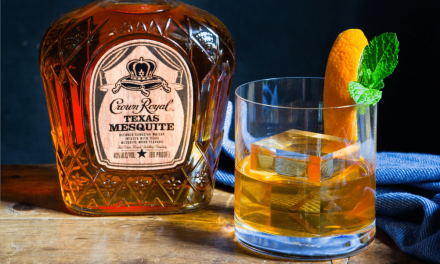 Crown Royal presenta el whisky ahumado de mezquite de Texas