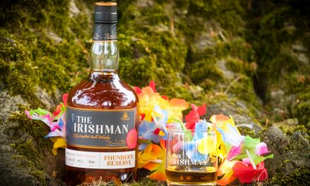 Walsh Whiskey presenta el whisky irlandés acabado con ron, The Irishman Founder's Reserve Cask Series