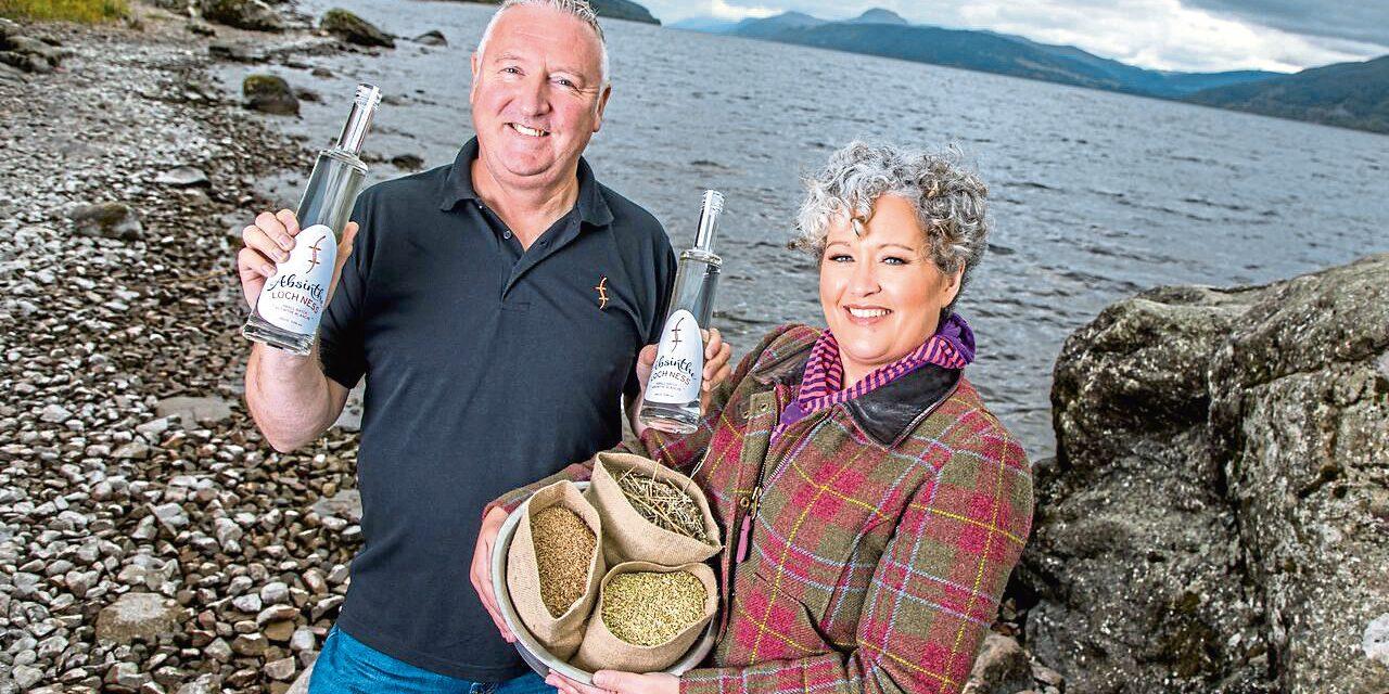 Loch Ness Spirits presentan la primera absenta blanca escocesa, Loch Ness Absinthe