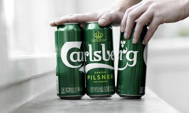 Carlsberg usará pegamento para unir sus latas de cerveza: la firma danesa elimina el plástico de sus packs