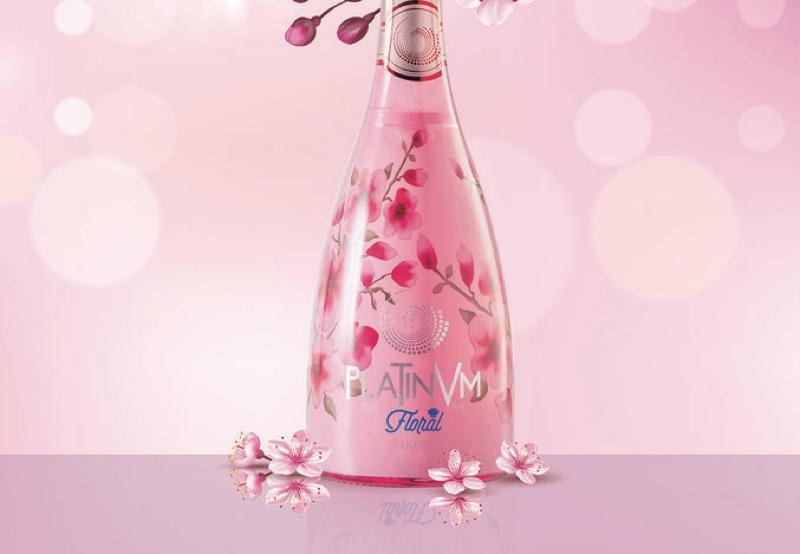 Tavasa se inspira en Oriente con su nuevo sparkling 'Platinvm Sakura'