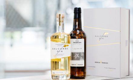Bodegas Tradición y una destilería británica lanzan una edición limitada de gin 'Finisterre'