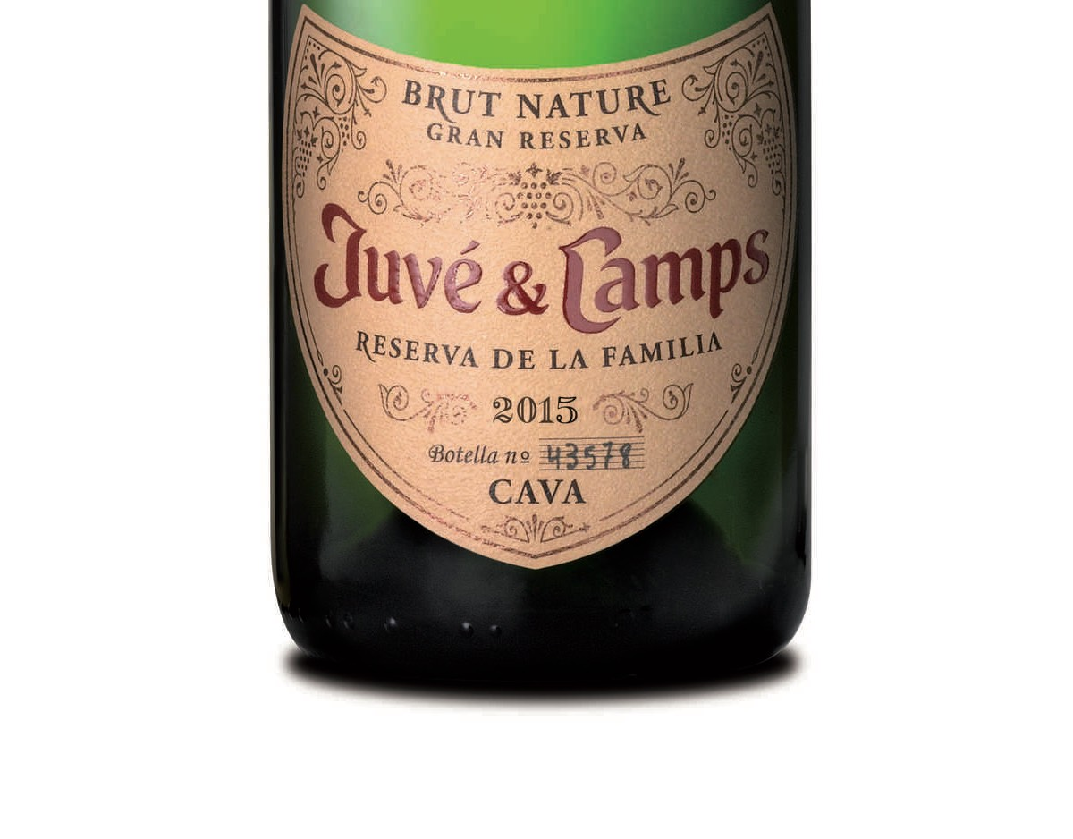 Los primeros cavas ecológicos de Juve & Camps ya están en el mercado