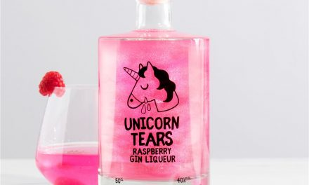 Firebox lanza Unicorn Tears Raspberry Gin Liqueur
