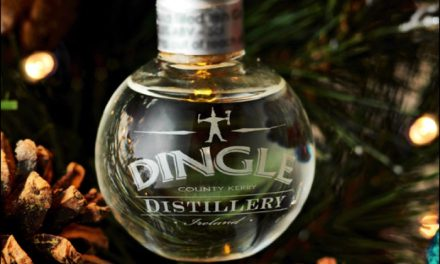 Dingle Gin lanza ediciones festivas limitadas, Four Seasons Dingle Gin y un juego de Gin Baubles