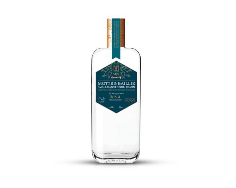 Leeds Castle se une a Copper Rivet para crear una ginebra de edición limitada, Motte & Baillie Gin