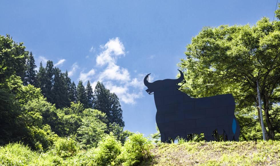 El Toro de Osborne se instala de manera permanente en Matsunoyama, Japón