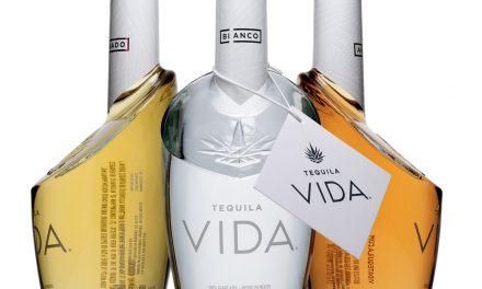 Tequila Vida presenta un rediseño de botella moderno
