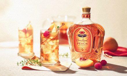 Crown Royal crea whisky con sabor a melocotón para el verano