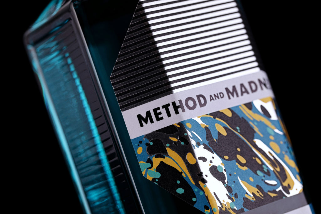 METHOD-AND-MADNESS-Irish-Micro-Distilled-Gin-2-1024x683