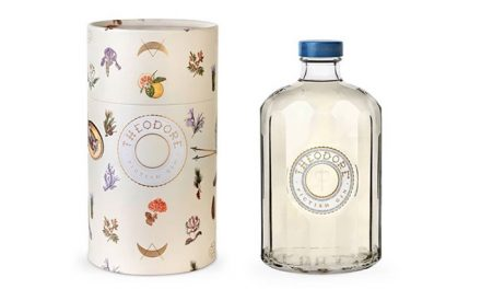 Greenwood Distillers lanza su producto inaugural, Theodore Gin