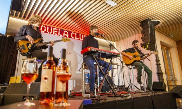 """Fulgor, el vino rosado de Ponte da Boga lanza la segunda edición de """"vinos de autor"""" con la música de Budiño"""