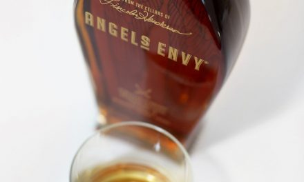 Angel's Envy crea una edición limitada de bourbon acabado en barril de Jerez