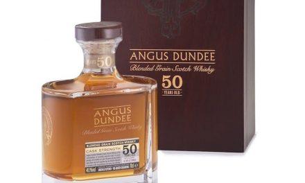 Angus Dundee lanza un whisky de grano mezclado de 50 años
