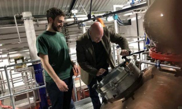 Aber Falls creará el primer whisky de centeno del norte de Gales y lanza Breindal
