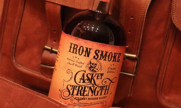 Iron Smoke Distillery presenta Casket Strength Straight Bourbon