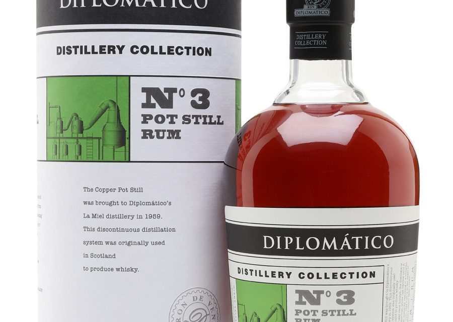 Diplomático No. 3 Pot Still Rum se prepara para el lanzamiento