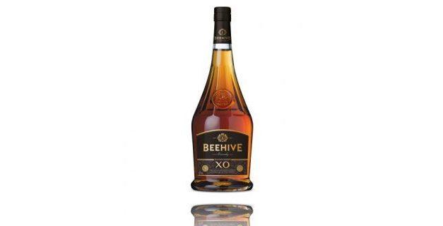 Beehive renueva la receta del brandy VSOP y lanza Beehive XO