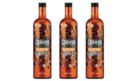 Global Brands añade fruta de la pasión a la gama Glitter de Corky