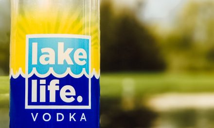 New Holland Spirits lanza el vodka Lake Life