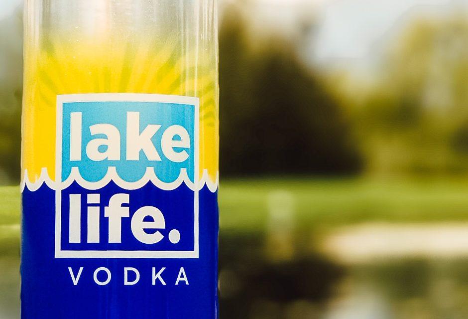 New Holland Spirits lanza el vodka Lake Life