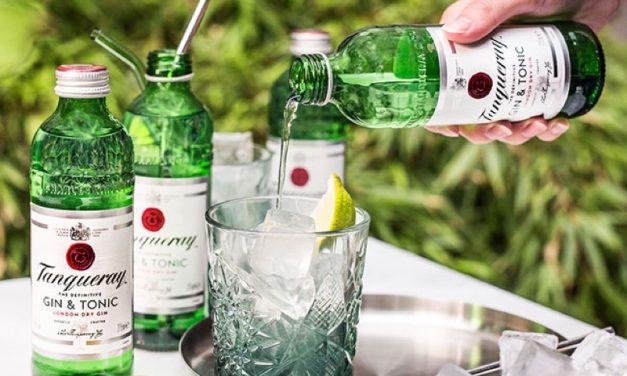 Tanqueray lanza dos nuevos gin tonics embotellados