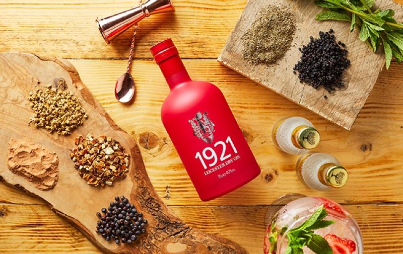 La Universidad de Leicester y Burleighs crean la ginebra 1921