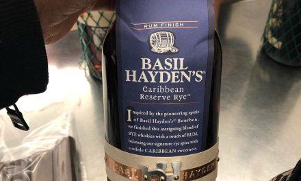 Basil Hayden's crea mezcla de whisky de centeno y ron, Basil Hayden's Caribbean Reserve Rye