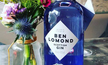 Ben Lomond Gin, elaborada con grosellas negras y bayas de serbal