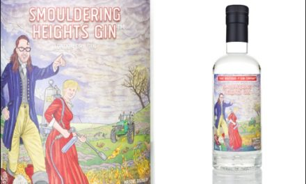 Boutique-y Gin lanza el embotellado 'ahumado' Smouldering Heights