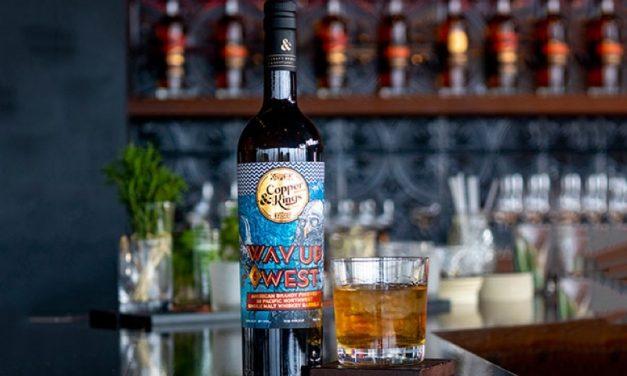Copper & Kings lanza brandy americano de doble añejamiento con Way Up West