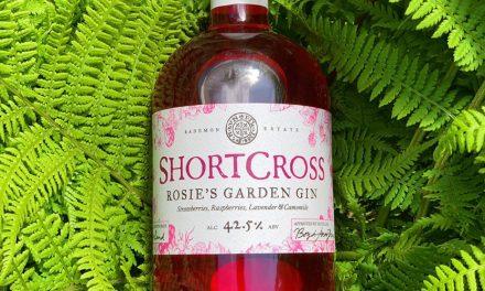 Shortcross se traslada a la ginebra rosa con Rosie's Garden Gin
