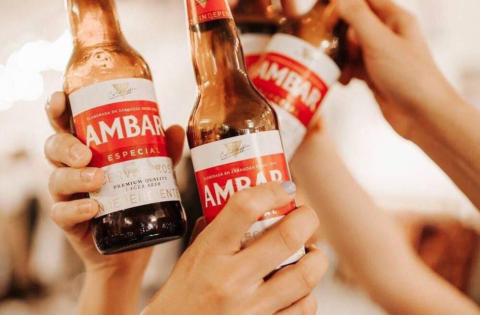 Los ganadores de La Vuelta brindan con cerveza Ambar